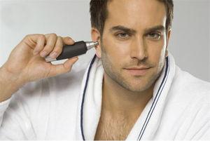 Depilazione uomo: Tagliapeli naso, orecchie, sopracciglia