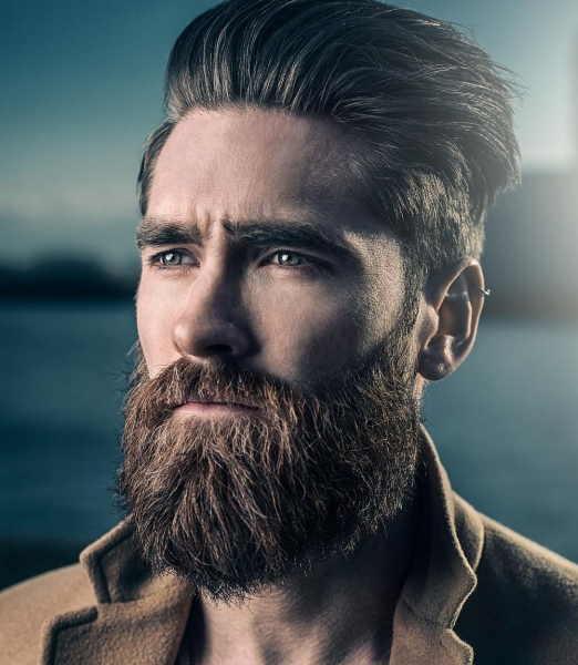 far-crescere-la-barba-modello